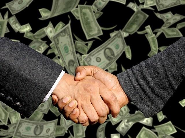 Как начать бизнес с нуля без денег в России