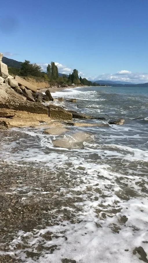 Море. Грязи и ванны сероводородные. Село Цкуара
